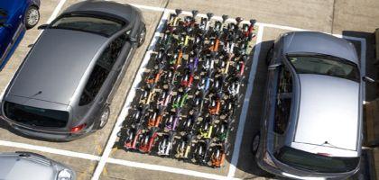 quelle espace pour 20 Bromptons Brompton_folding_bikes