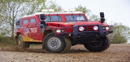 Le Renault Sherpa, un 6X6 qui sert habituellement à transporter des lance-missiles ou des armes lourdes